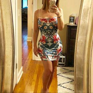 Fashion nova tropical mini dress. Size small
